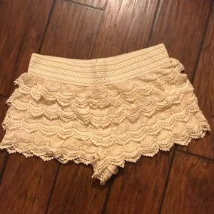 White / cream lace shorts